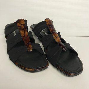 Donald J Pliner Black Fabric Tortoise Pattern Shoe